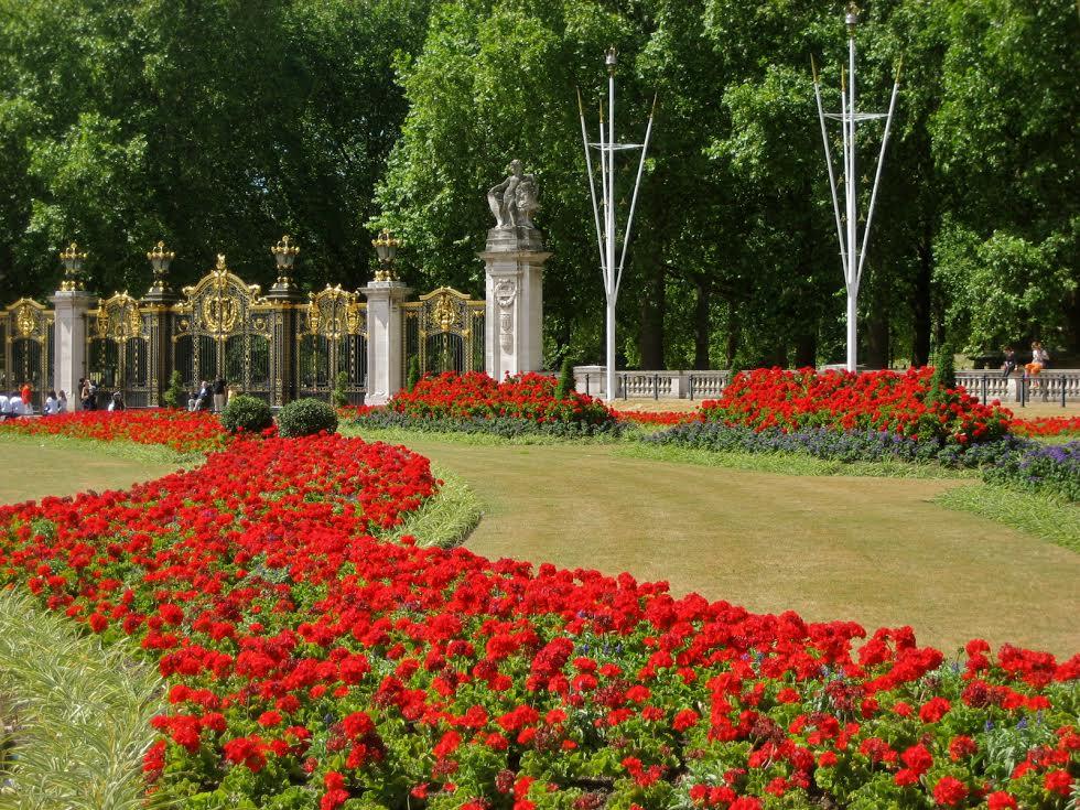 INside London Palace